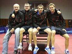 Sestava havířovských stolních tenistů.