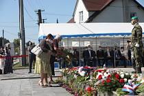 V Havířově-Životicích si v sobotu připomněli památku obětí masakru na obyvatelích obce v létě roku 1944.