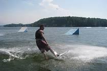 Těrlická přehrada, vodní lyžování.