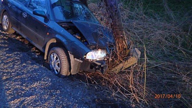 Nehoda osobního automobilu v Orlové.
