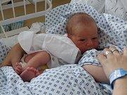 Mamince Veronice Tokarčíkové z Českého Těšína se 5. července narodil syn Patrik. Po narození chlapeček vážil 3250 g a měřil 50 cm.