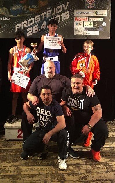Roman Nevrla se svými boxery.