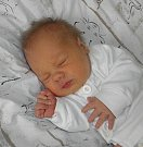 Paní Veronice Vlčkové z Karviné se 13. prosince narodil syn Antonín Vlček. Po porodu dítě vážilo 2940 g a měřilo 47 cm.