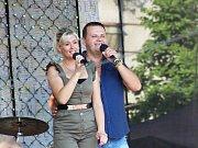 Natáčení show TV Šlágr přilákalo do centra Českého Těšína stovky fanoušků této hudby, kteří se nezalekli ani obrovského vedra.