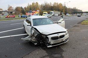 Nehoda dvou osobních automobilů na Ostravské ulici v Havířově