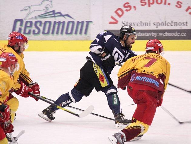 Havířovští hokejisté dál úspěšně bojují o play-off.