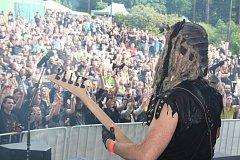 Přesně 78 716 vybrali mezi sebou rockeři na sobotním dobročinném festivalu Rocktherapy v Orlové. Akce každý rok pomáhá konkrétním lidem s nejrůznějšími zdravotními problémy.