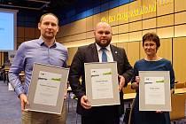 Starostka Českého Těšína Gabriela Hřebačková převzala ocenění za druhé místo v hodnocení Město pro byznys.