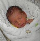 Paní Erice Mackové z Ostravy se 6. června narodil syn Damiánek Macko. Po porodu chlapeček vážil 2540 g a měřil 47 cm.