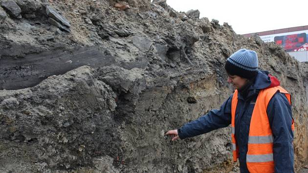 Archeologický průzkum při stavbě náměstí v Orlové.
