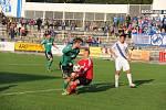 Fotbalisté Karviné (v zeleném) ve Frýdku kralovali.