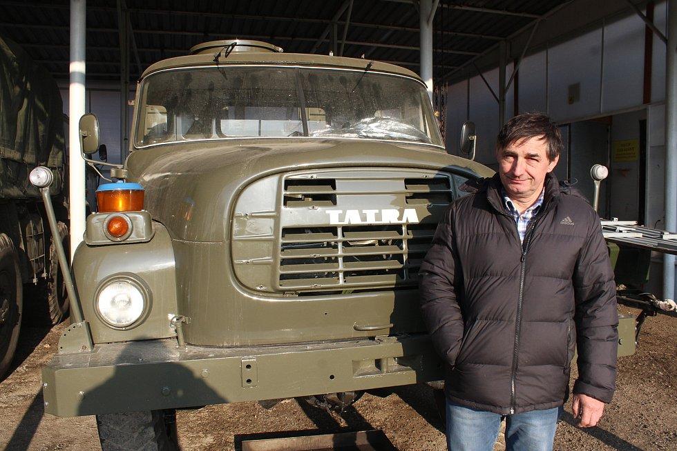 Dolní Lutyně. Pavel Šostok, sběratel starých aut