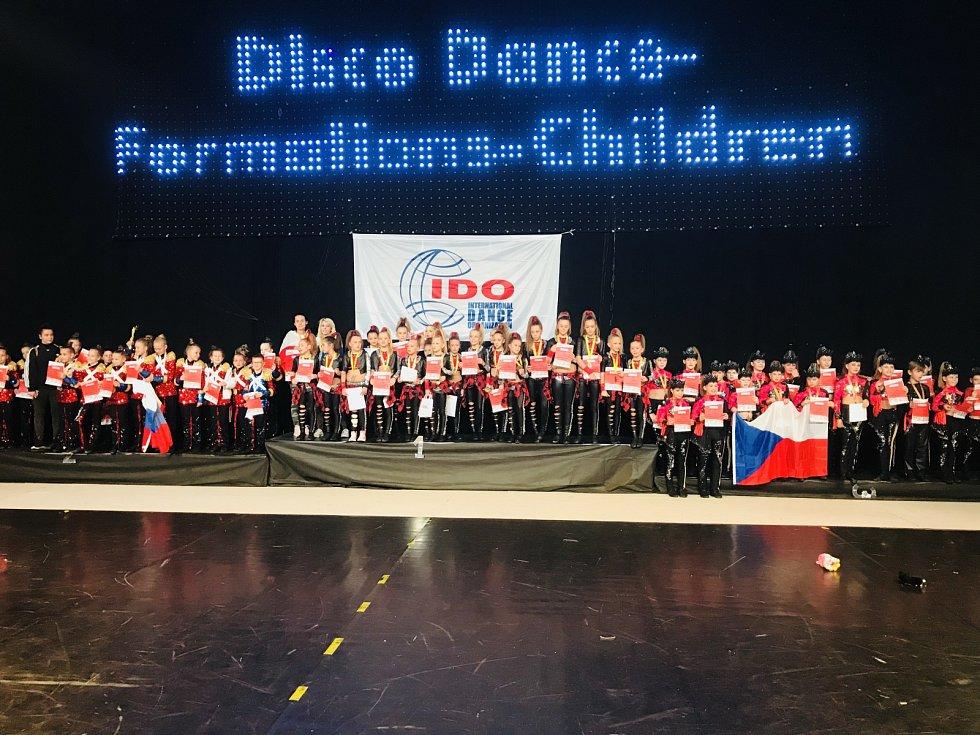 Vítězi světového poháru se stala dětská formace Respect us! dětí do 11 let.