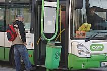 Autobus MHD Havířov.  Ilustrační snímek.