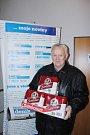 Cenu za třetí místo v týmové soutěži převzal za Srdcaře pan Bialek.