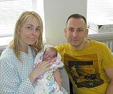 Emička se narodila 6. června mamince Veronice Jelínkové z Karviné. Po porodu Emička vážila 3550 g a měřila 51 cm.