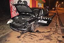 Večerní nehoda dvou osobních vozidel v Karviné
