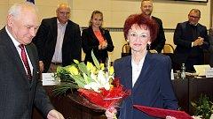 Letos v lednu převzala Halina Molinová jako první medaili Václava Olszaka.
