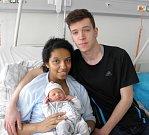 Sebastiánek Sakmar se narodil 21. března mamince Elizabeth Byrtusové z Doubravy. Když přišel chlapeček na svět, vážil 3220 g a měřil 47 cm.