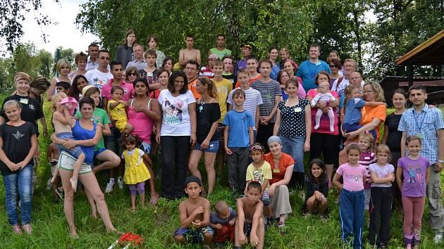 Vodáci z Karviné uspořádali pro rodiče s dětmi vodácký výcvik.
