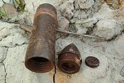 Dělostřelecký granát ráže 37 mm po otevření.