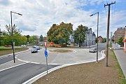 Kruhový objezd v bohumínské Bezručově ulici.