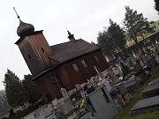Dřevěný kostel sv. Petra a Pavla v Albrechticích.