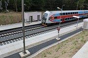 Nová železniční zastávka Havířov Střed těsně před dokončením.