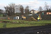 Celková rekonstrukce fotbalového stadionu v Karviné-Ráji.
