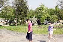 Starousedlíci si stěžují na chování některých nových obyvatel Kopanin.