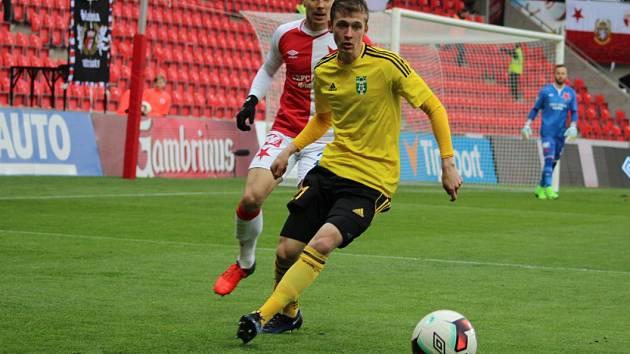 Tomáš Weber (ve žlutém) také nastoupil do středečního pohárového utkání.