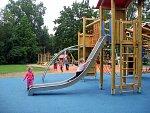 Rekonstruované dětské hřiště v havířovském Centrálním parku.
