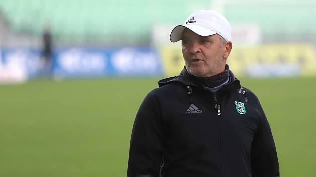 Trenér karvinských fotbalistů Juraj Jarábek. Foto: Ivo Dudek
