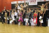 Vítězové taneční soutěže.