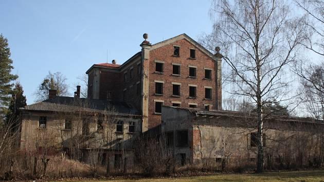 Stará stavba bývalého mlýna v Karviné-Darkově se možná dočká rekonstrukce.