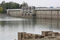 Žermanická přehrada v době sucha v roce 2015.