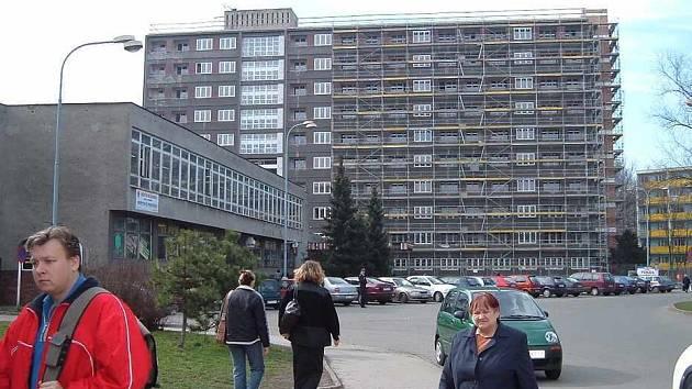 Bývalý hotelový dům v Bohumíně nyní nabízí 86 nových bytových jednotek.