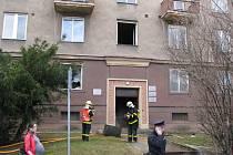 Požár v chodbě domu v Místní ulici ohrozil pacienty v čekárnách ordinací.