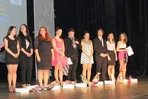 Účastníci pěvecké soutěže Talent 2013.