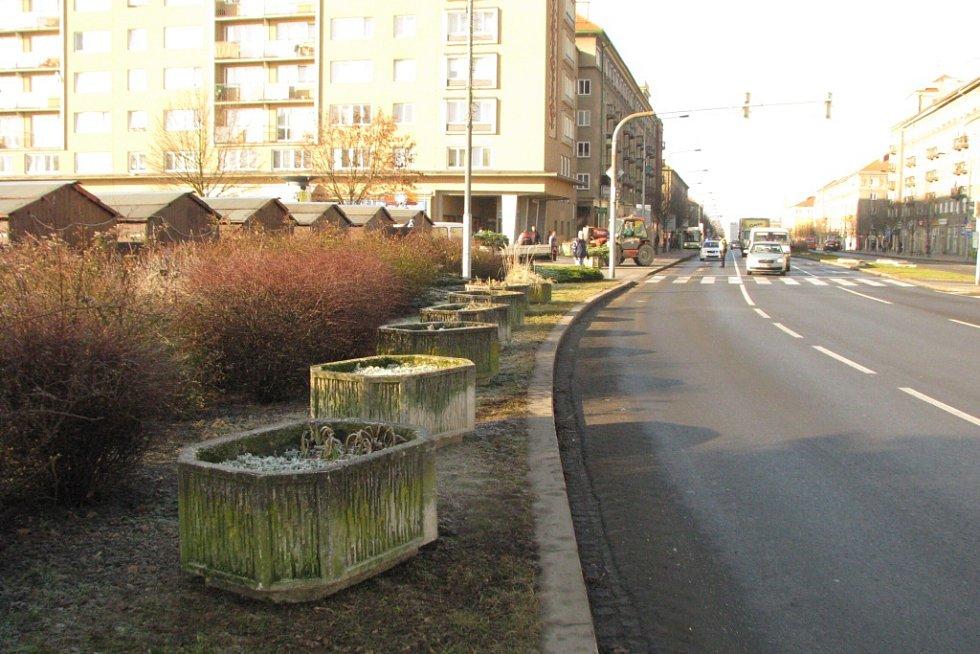 Betonové zátarasy v Havířově.