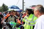 Mezinárodní motocyklové závody Havířovský zlatý kahanec 2018. U tohoto závodníka bylo vše v pořádku.