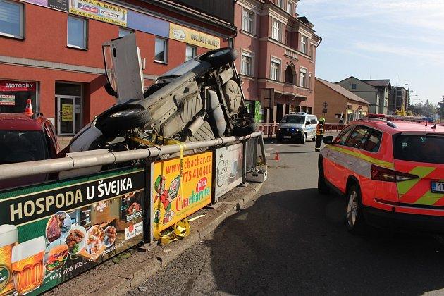 Kdopravní nehodě došlo ve čtvrtek 22.října před 12.hodinou a silnici II. třídy číslo 468vTřinci.
