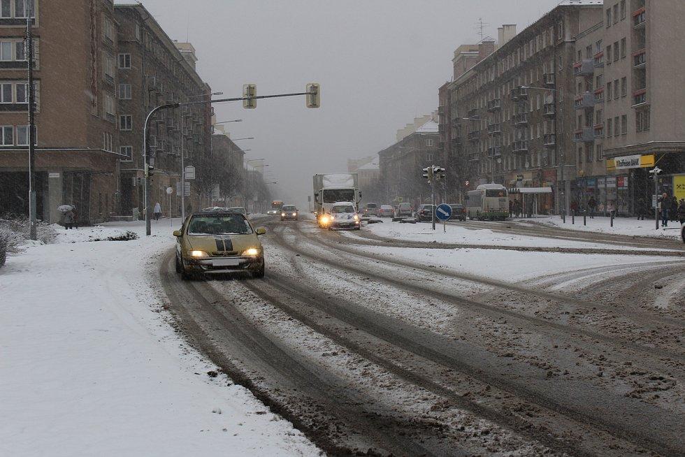 Sněhová nadílka v centru Havířova.