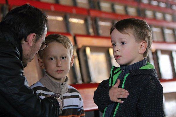 Karvinští bratři Malczykové - vpravo nejmladší Adrian, uprostřed talentovaný Damian. Na snímku chybí nejstarší Sebastian.