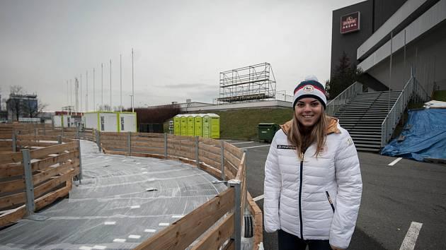 Kateřina Pauláthová si prohlédla olympijský park v Ostravě, který se v těchto dnech staví.