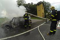 Zásah havířovských hasičů u požáru osobního automobilu v Selské ulici.