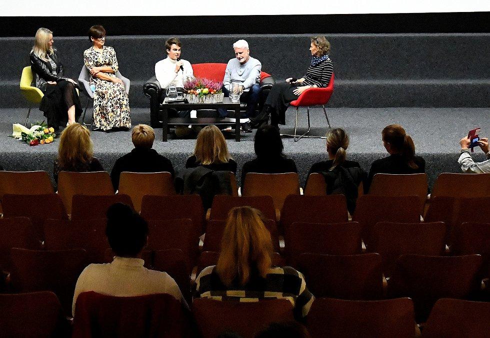 Youtuber Karel Kovář alias Kovy byl hostem debaty, která předcházela zahájení Týdne čtení dětem, které se konalo  v Českém Těšíně. Foto: Martin Straka