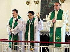 Bohoslužba s jihokorejskou rodinou.