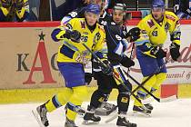 Petr Kanko (v černém) věří v sílu havířovského týmu.