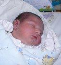 Eliáš Horáček se narodil 2. října mamince Petře Janečkové z Karviné. Po narození dítě vážilo 4290 g a měřilo 53 cm.